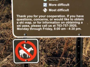 horses banned sign