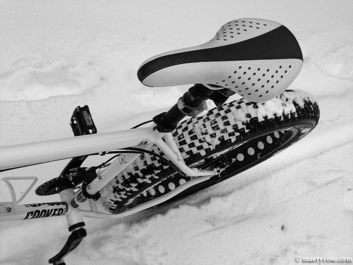 bicycling in snow