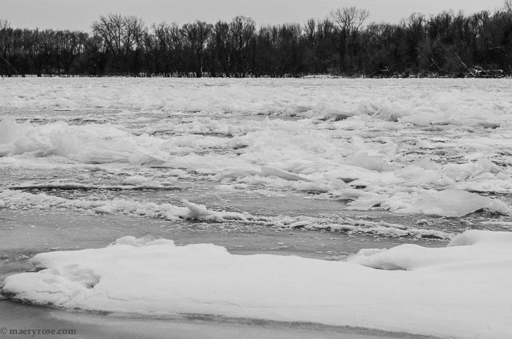 ice on Mississippi River