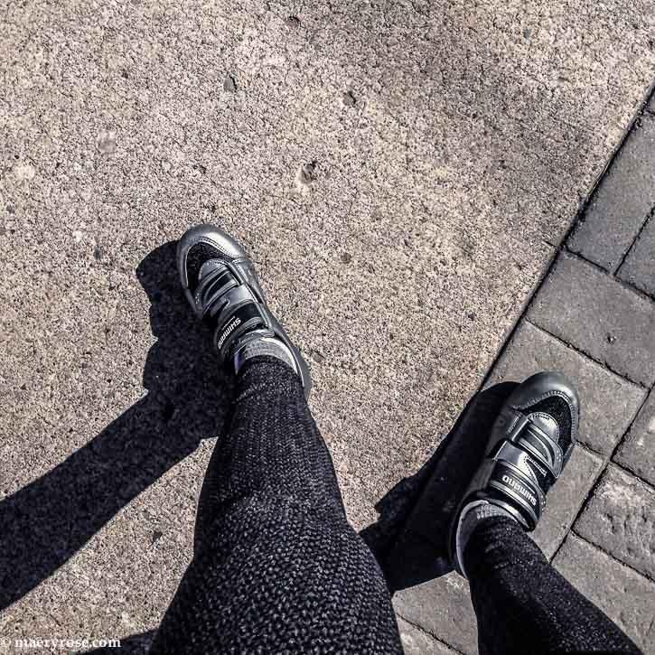bike shoes and leggings