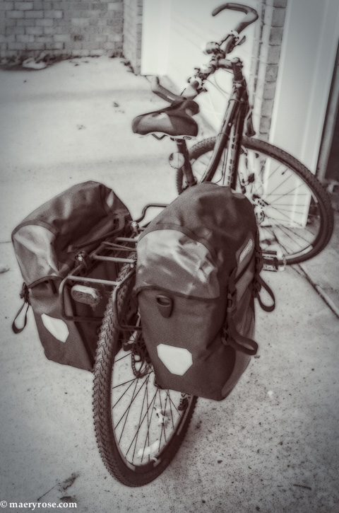 bike with panniers